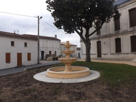 La Mairie de Donnezac